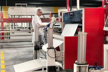 В Украине открыли новый завод по производству солнечных панелей