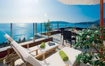 """Солнечная энергия для отельного бизнеса и """"зеленый"""" отель на берегу моря"""
